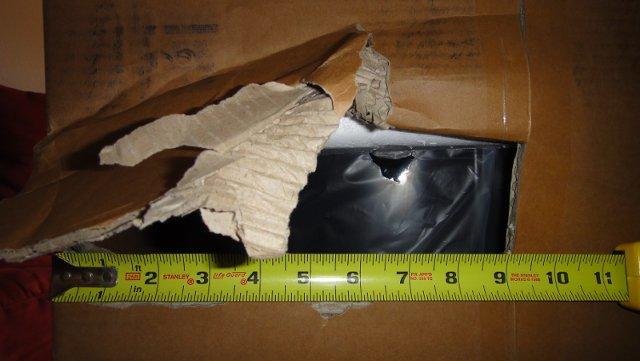 FedEx - Damaged box